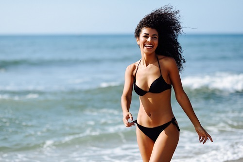 woman in bikini - a blog explaining what is spf?